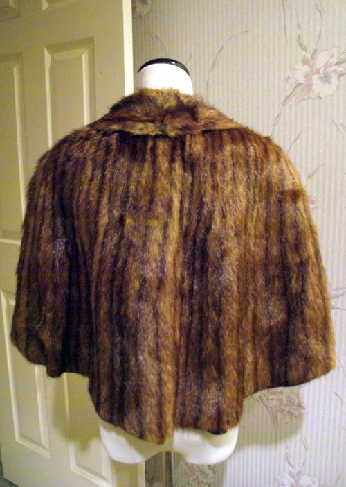 vintage fur stole - back